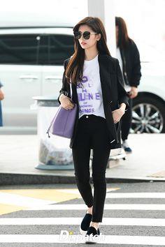 Jung so min 2018 Jung So Min, Fashion 101, Korean Fashion, Womens Fashion, Airport Style, Airport Fashion, Korean Actresses, Asian Actors, Korean Actors