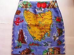 Size 10 Map of Tassie skirt