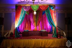 Farooqui_Ismail_Greg_Blomberg_Photography_sangeet1_low