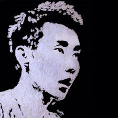 artist Hong Yi Olympian Lee Chong Wei's portrait made of 110 shuttlecocks. Each shuttlecock has 16 feathers.so this piece was made up of about 1800 feathers! Badminton Photos, I See Red, Elements Of Nature, Portrait Sketches, Creative Artwork, Esquire, Line Drawing, Installation Art, New Art