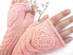pink knit gloves with heart