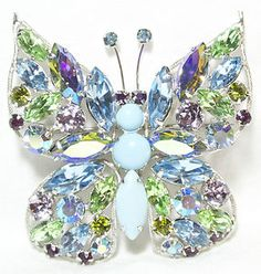 """VINTAGE REGENCY BLUE GREEN PURPLE BORELAIS BUTTERFLY BROOCH PIN DESIGNER LARGE !  Seller information justinsublime (2012  )   99.9%Positive feedback Save this seller See other items   AdChoice Item condition:-- """"VERY WELL TAKEN CARE OF 2 1/8"""" X 2 1/8"""""""" Time left: 3d 21h (Jul 14, 2013 18:33:27 PDT) Current bid:US $18.81 [2 bids ]"""