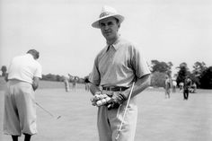 Golf History Today @Golf_History_   On this day, In 1950 Sam Snead wins the North-South Open #golf http://www.golfhistorytoday.com/1950-sam-snead-wins-north-south-open/ …