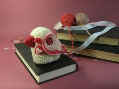 dawntoussaint: Valentine's CAL: Roman the lovebird