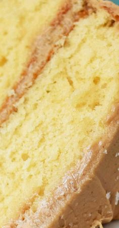 Southern Caramel Cake White Chocolate Mud Cake, Best White Chocolate Cake Recipe, Pie Dessert, Cookie Desserts, Dessert Recipes, Dessert Ideas, Dinner Recipes, Best Cake Recipes, Bread Recipes