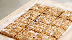 Watch Martha Stewart's Graham Jam Pastry Squares Video. Get more step-by-step instructions and how to's from Martha Stewart.