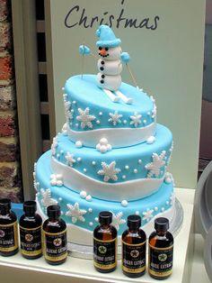 Christmas cake idea from Lakeland  http://www.cherrapeno.com/2012/11/christmas-foodie-gift-ideas-from.html