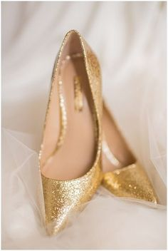 Gold Wedding Shoes | Jessica Roberts Photography | see more at http://fabyoubliss.com