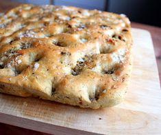 Veganmisjonen: Min beste focaccia Recipe Boards, Dinner Sides, Vegan Dinners, Tapas, Banana Bread, Keto, Baking, Desserts, Recipes
