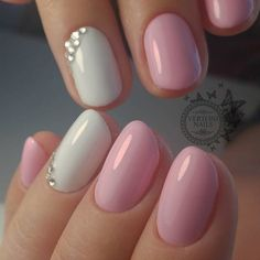 elegant manicure for prom