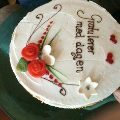 Bursdags kake Cake, Desserts, Food, Tailgate Desserts, Deserts, Kuchen, Essen, Postres, Meals