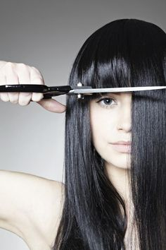 Try out these expert tips to get perfect hair, makeup and skin. Long Layered Haircuts, Haircuts For Long Hair, Best Beauty Tips, Beauty Hacks, Forced Haircut, Long Hair Cut Short, Teased Hair, Face Shape Hairstyles, Trending Haircuts