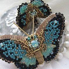 Бабочки-кольцо и брошь.Ручная,авторская вышивка
