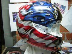 Helmet by Lola Vidal