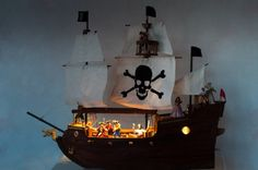 LED light on the pirate ship