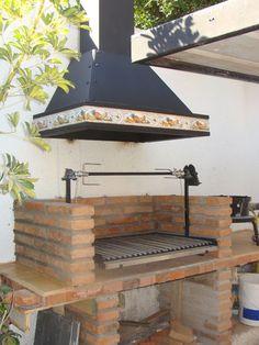 Chimeneas Cordillera :: Una Empresa Familiar a Su Servicio Outdoor Grill Area, Outdoor Bbq Kitchen, Patio Grill, Backyard Kitchen, Outdoor Kitchen Design, Bbq Grill, Outdoor Cooking, Backyard Fireplace, Fire Pit Backyard