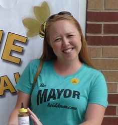 Meet Heidi, the Mayor of HeidiTown. The place for entertaining info on #Colorado #festivals & #travel.