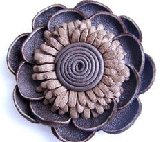 How to: make leather flowers