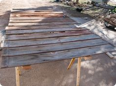 DIY - barnwood backdrop