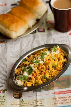 Egg Bhurji Recipe with cheese is nothing but scrambled eggs with cheese. Cheese egg bhurji could be a perfect snack or breakfast for kids. Egg Recipes, Cooking Recipes, Healthy Recipes, Healthy Habits, Recipies, Bhurji Recipe, Egg Bhurji, Scrambled Eggs With Cheese, Indian Dessert Recipes