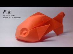 How to make a plump goldfish! I am think of this pattern to make instead of koi fish for the rainbow wall, as this pattern is MUCH simpler to make, and in my opinion still looks mighty fine. also, I folded up the fins to be flat to get it to sit right on the wall...
