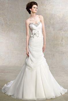 Sweetheart Wedding Dresses | Brides.com