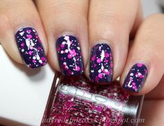 Forever 21 Confetti Nail Color Pink/White