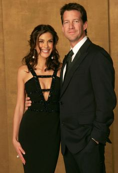 Desperate Housewives Teri Hatcher and James Denton Desperate Housewives Bree, Terri Hatcher, James Denton, The Good Witch, Abc Shows, Bond Girls, Eva Longoria, Celebs, Celebrities