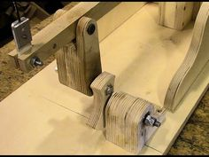 Wooden Scrollsaw Drivetrain Modifications - YouTube