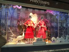 Dior window display Paris