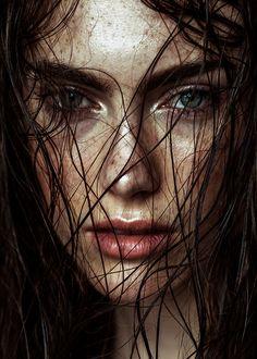 Beauty And Fashion Face Photography, Photography Women, Female Portrait, Portrait Art, Elissa, Jolie Photo, Character Aesthetic, Art Girl, Character Inspiration