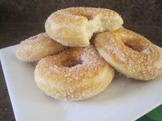 Фото к рецепту: Пончики с сахаром и корицей