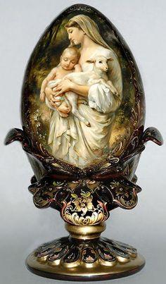 Egg Shell Art, Faberge Jewelry, Ukrainian Easter Eggs, Easter Egg Crafts, Blessed Mother Mary, Faberge Eggs, Egg Art, Catholic Art, Egg Decorating