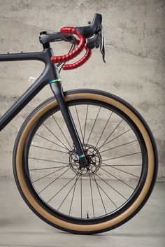 There are many different kinds and styles of mtb that you have to pick from, one of the most popular being the folding mountain bike. The folding mtb is extremely popular for a number of different … Mountain Bike Shoes, Mountain Biking, Bici Retro, Mtb, Bicycle Brands, Buy Bike, Road Bike Women, Cycling Bikes, Girl Swag