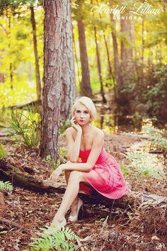 CHARLOTTE | JACKSONVILLE SENIOR PHOTOGRAPHER | Jacksonville Senior Photographer // Scarlett Lillian Seniors