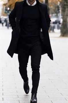 Winter Style - All black outfits for men Bad boy style All Black Outfits For Women, Black Outfit Men, All Black Fashion, Winter Outfits Men, Stylish Mens Outfits, Black White Outfits, Casual Outfits, Simple Outfits, Fall Outfits