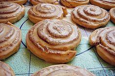 Saftige Hefe-Nuss-Schnecken, ein gutes Rezept aus der Kategorie Kuchen. Bewertungen: 44. Durchschnitt: Ø 4,7.