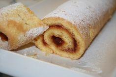 Z bílků vyšleháme sníh, přidáme cukr a postupně zašleháme žloutky. Šlehač přepnu na nejnižší výkon a vmícháme mouku.Na pečící papír, který si… Cornbread, Ethnic Recipes, Millet Bread, Corn Bread