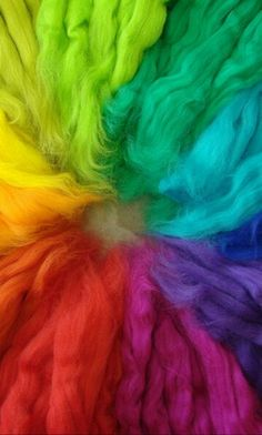 Rainbow | Arc-en-ciel | Arcobaleno | レインボー | Regenbogen | Радуга | Colours | Texture | Style | Form | Wool