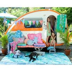 Now this, is a playhouse! I'm in my late 50's and I want one!
