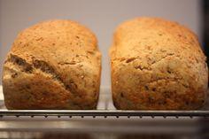 Enkelt hjemmebakt brød for nybegynnere – Bollefrua Fodmap Diet, Low Fodmap, No Knead Bread, How To Make Bread, Bread Making, Recipe Today, Banana Bread, Meal Prep, Biscuits