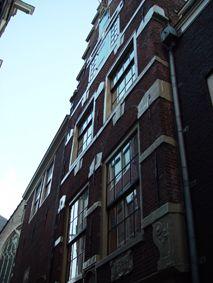 Amsterdam - Enge Kerksteeg 4 - De Verghulde Wan