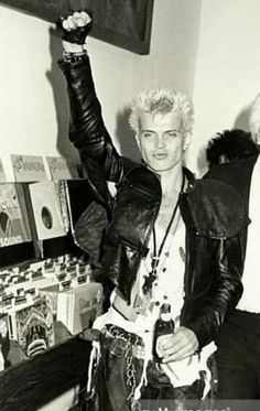 12 yrs old, Livin' in NC, Billy Idol's Rebel Yell, Crushin' Hard, Wanted More More More- #billyidol #rebelyell #turnthepage