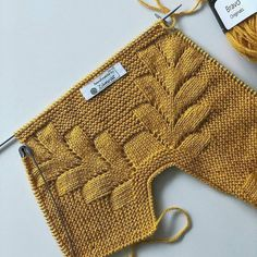 For cardigan and vest models, swipe the screen to the left& . Baby Boy Knitting Patterns, Baby Dress Patterns, Knitting For Kids, Baby Knitting Patterns, Knitting Stitches, Knitting Designs, Hand Knitting, Knit Mittens, Knitted Poncho