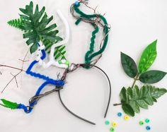 Zeige uns deinen fantastischen Haarschmuck und verlinke uns auf Instagram mit #SCHIRNHOMIES oder @schirnkunsthalle – Wir freuen uns auf tolle Selbstporträts! Halle, Beaded Necklace, Jewelry, Fashion, Yarn Braids, String Of Pearls, Hair Ornaments, Kunst, Jewellery Making