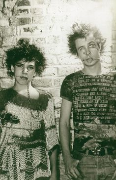 Punks in Islington. Punk Mode, Goth Glam, 70s Punk, Teddy Boys, Riot Grrrl, Draw On Photos, Youth Culture, Emo Outfits, Punk Fashion