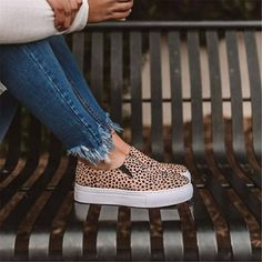 Casual Shoes, Casual Outfits, Comfortable Flats, Cheap Shoes, Shoes Online, Shoe Rack, Shoes Sneakers, Vans, Slip On