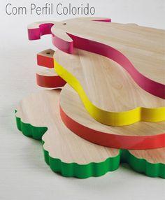 Tábuas de cozinha com perfil colorido em formato de verduras e frutas
