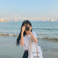 images about Ch~ Lee Sunmi on We Heart It Korean Aesthetic, Aesthetic Photo, Aesthetic Girl, Aesthetic Pictures, Ulzzang Korean Girl, Cute Korean Girl, Korean Photography, Girl Photography, Ulzzang Fashion
