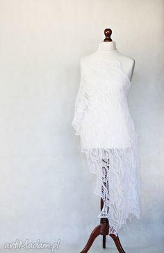 Biały ślubny szal. $128